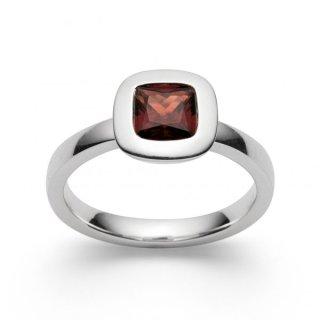 Ring 925/-   Sterlingsilber Fingerschmuck mit feurig rotem Granat (1,30ct)